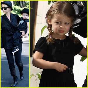 Nicole Richie: Picture Perfect Playdate with the Kids!