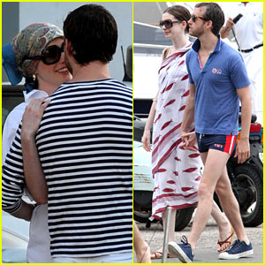 Anne Hathaway &#038; Adam Shulman: Kiss Kiss in Italy!