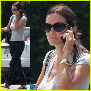 Courteney Cox Walks & Talks