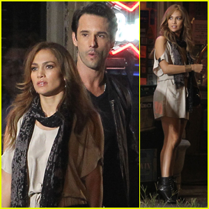 Jennifer Lopez: 'What to Expect' with Rodrigo Santoro!