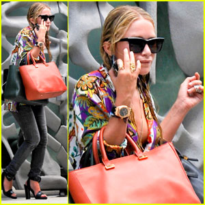 Mary-Kate & Ashley Olsen Team Up with Toms