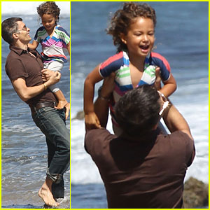 Olivier Martinez & Nahla: Malibu Beach Buddies!