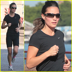 Pippa Middleton: Embankment Morning Jog!