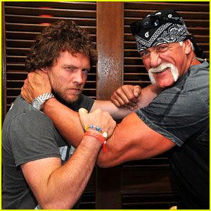 Sam Worthington Wrestles With Hulk Hogan
