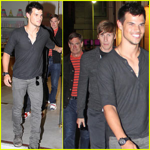 Taylor Lautner, Gus Van Sant &#038; Dustin Lance Black: Downtown Dinner!