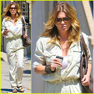 Ellen Pompeo: Out & About in Los Angeles