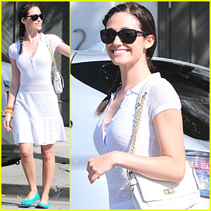 Emmy Rossum: Bright Blue Flats!