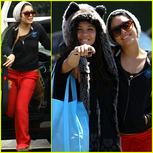 Vanessa Hudgens: Studio Cafe with Sister Stella!