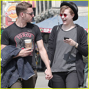 Evan Rachel Wood &#038; Jamie Bell: Venice Beach Boardwalk!