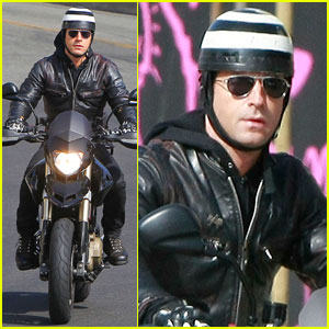 Justin Theroux: Motorcycle Man