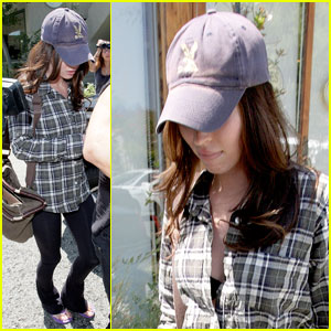 Megan Fox: Ken Paves Salon Stop