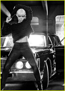 Rihanna: New Armani Jeans Ad Campaign!