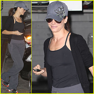 Sandra Bullock: Skin Care Center Visit
