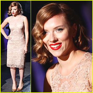 Scarlett Johansson: Dolce&Gabbana Show at Milan Fashion Week!