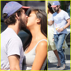 Shia LaBeouf &#038; Karolyn Pho: PDA Pair