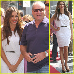 Sofia Vergara: Ed O'Neill Gets Hollywood Walk of Fame Star