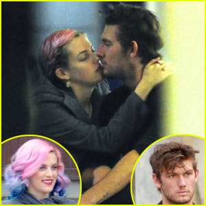 Alex Pettyfer: Kissing Riley Keough Off-Screen!
