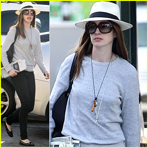 Anne Hathaway: Lifestyle Change to Fit Into Catwoman Suit
