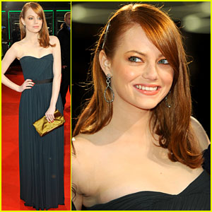 Emma Stone Premieres 'The Help' in Hamburg!