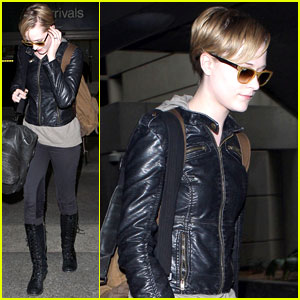 Evan Rachel Wood: Movie Marathon at Home!