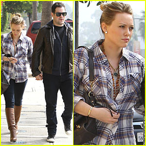 Hilary Duff &#038; Mike Comrie: Veterinary Hospital Visit