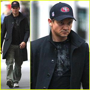 Jeremy Renner: 'Avengers' Trailer Breaks Download Record