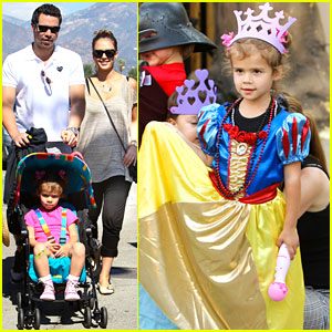 Jessica Alba: Family Fun at the Fair!