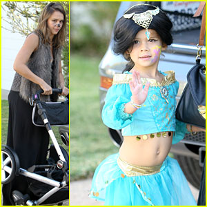 Jessica Alba: Honor's Halloween Fun!