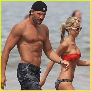 Joe Manganiello: Shirtless in Hawaii!