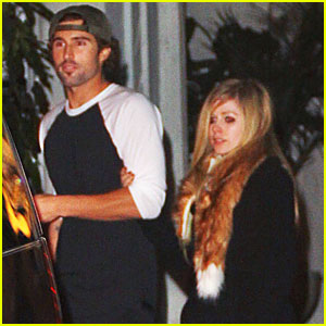 Avril Lavigne & Brody Jenner Involved in Bar