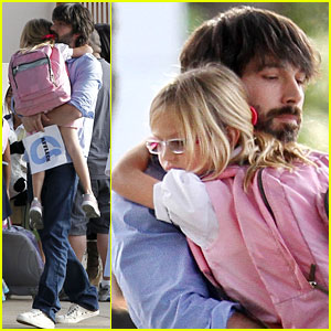 Ben Affleck & Violet: After School Hug
