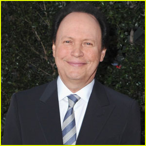 Billy Crystal Steps in to Host Oscars 2012