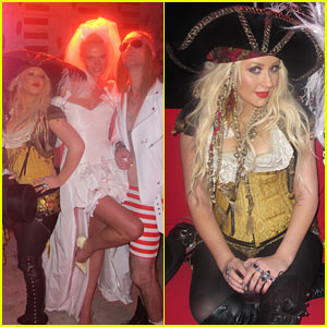 Christina Aguilera: Pirate at Maroon 5 Halloween Party!