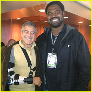 George Clooney Wears Sling After Elbow Surgery