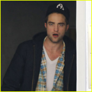 Robert Pattinson Lets Out A Yawn!