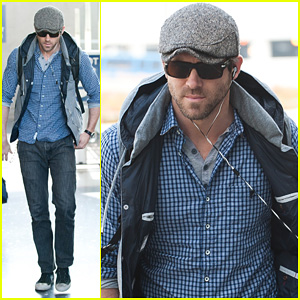 Ryan Reynolds 2011 on Ryan Reynolds  From Boston To La    Ryan Reynolds   Just Jared
