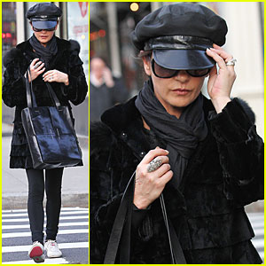 Catherine Zeta-Jones Caps It Off in NYC