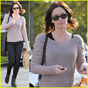 Emily Blunt: Byron &#038; Tracey Salon Stop