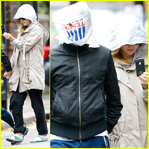 Kate Hudson & Matt Bellamy: Plastic Bag Cover Up!