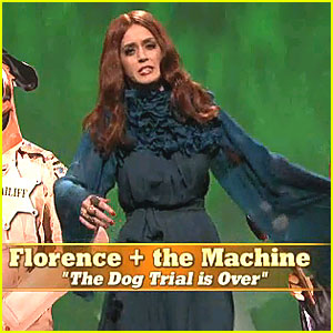 Katy Perry Channels Florence Welch on 'SNL'