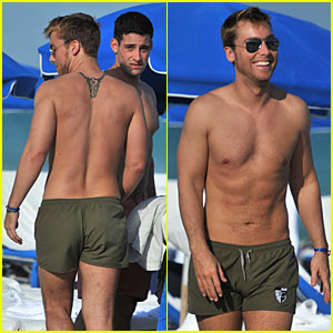 Lance Bass: Shirtless for Michael Turchin!