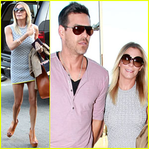 LeAnn Rimes: Retro Airport Style!