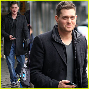 Michael Buble: 'Saturday Night Live' Sketch!