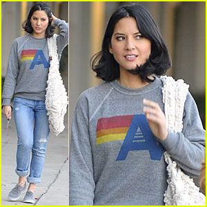 Olivia Munn: Shopping on Melrose!