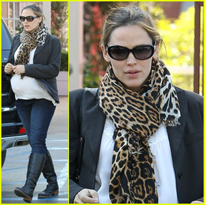 Jennifer Garner: Busy Week!