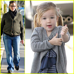 Jennifer Garner & Seraphina: Breakfast Bunch!