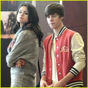 Justin Bieber & Selena Gomez: Saturday Date!