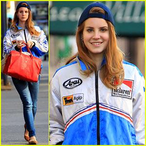 Lana Del Rey Enjoys Her Friday in NYC