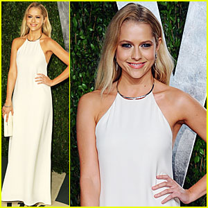Teresa Palmer - Vanity Fair Oscar Party
