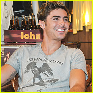 Zac Efron: John John Photo Call in Brazil!